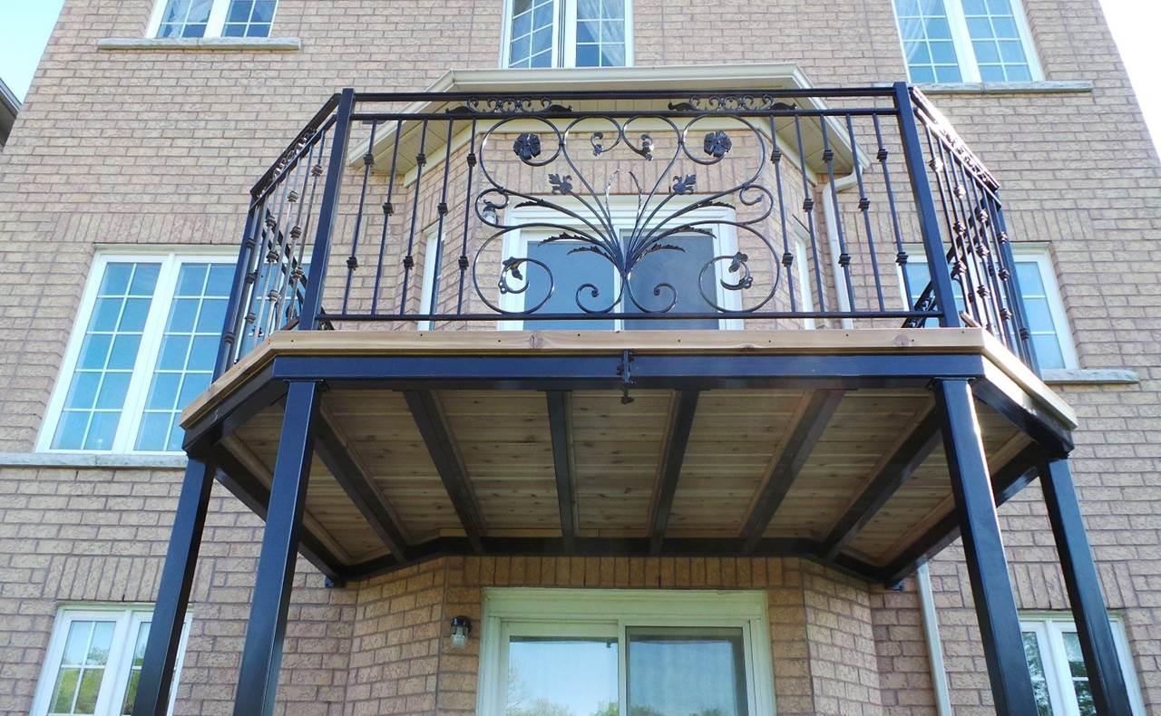 Iron balcony design